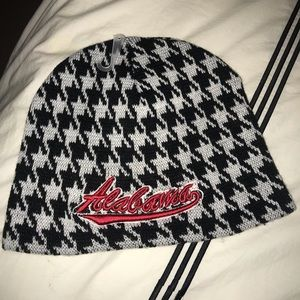 Other - Houndstooth Beanie
